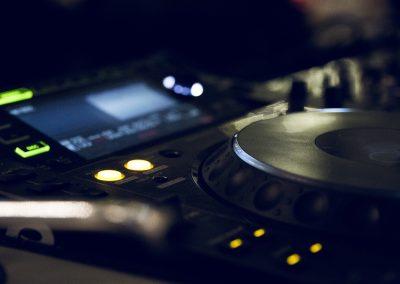 sound-1031657_1920
