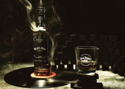whisky-3638148_1920